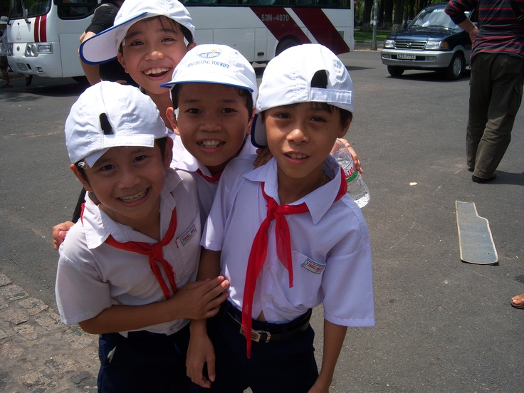 vietnamese school boys
