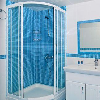 Montáž zásteny v sprchovacom kúte