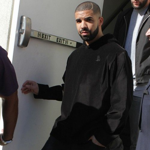 Drake 'doesn't want to be Rihanna's boyfriend'