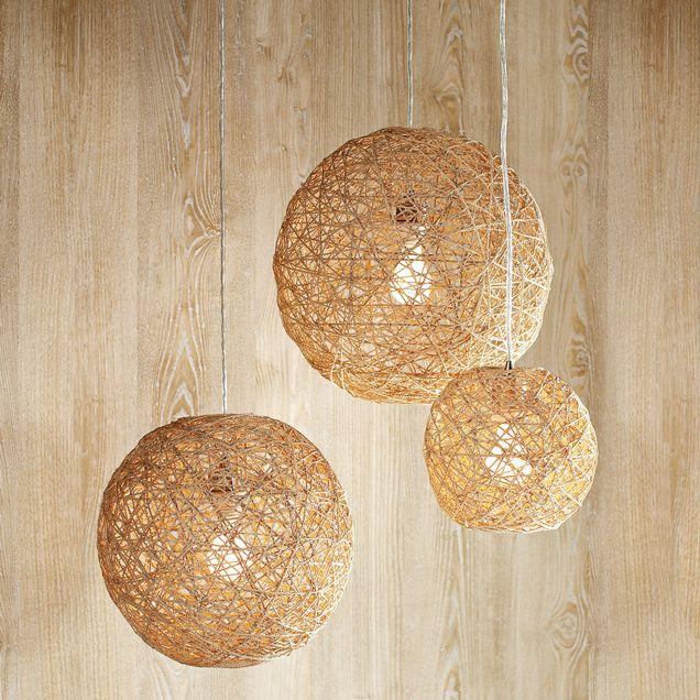 Hemp Twine Ball Lamp #DIY http://www.handimania.com/diy/hemp-twine-ball-lamp.html