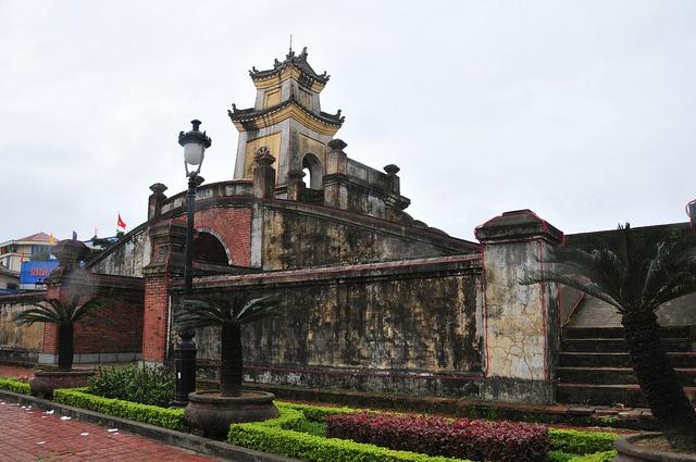 Old Citadel, Dong Hoi