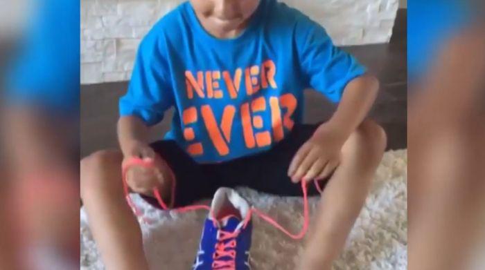 VIDEO: Leer je kind makkelijk veters strikken