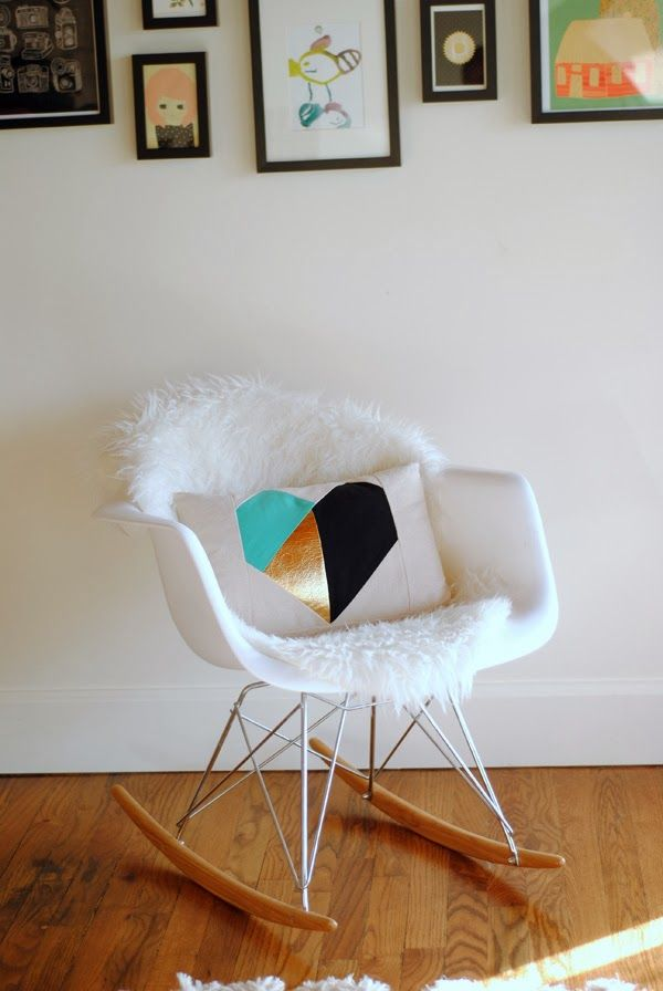 diy: geometric heart pillow
