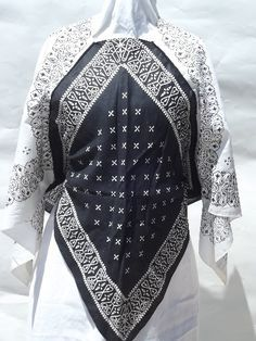 Photo of Retro vintage cotton bandana hankerchief tops, flowy sleeves poncho style #2