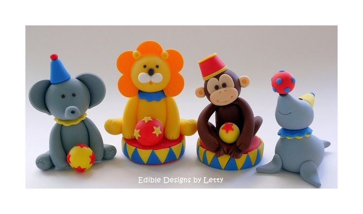 Edible Fondant Cake Toppers - Circus Animal - Monkey with stars and baby blocks