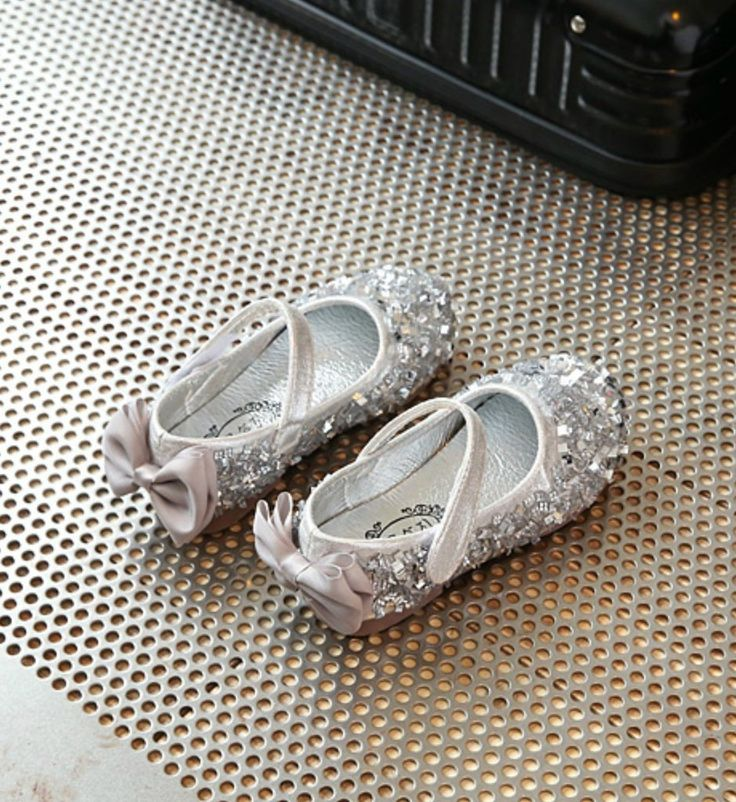 Toddler & Little Girl Shoes-Sparkle Silver Cute Bow Back Flower Girl Shoes  This very soft shoes made of PU leather, rhinestone & rubber Perfect for weddings, birthday, communion, baptism, christmas or baby shower gift