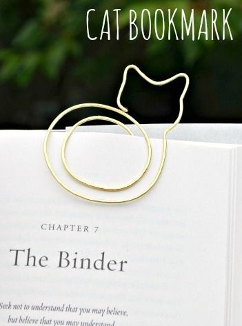 For the cat lovers! For the book lovers! For the cat lovers who read books! :)))) (great stocking stuffers)