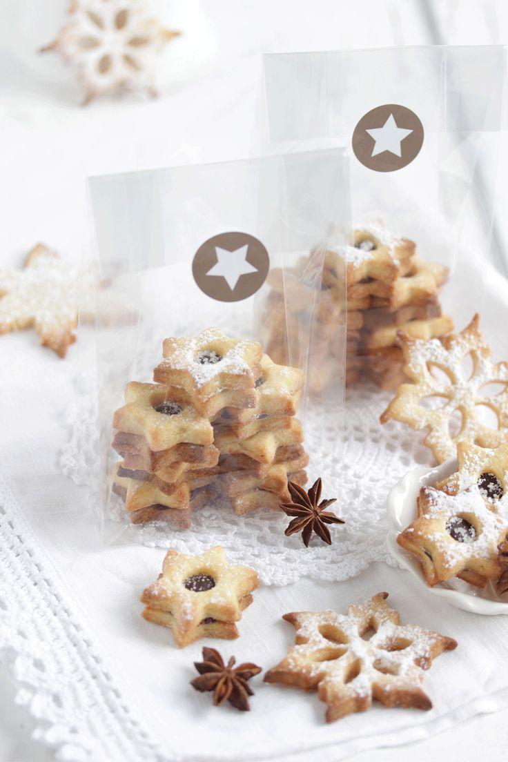 Kardamom Cookies gefüllt mit einer Fleur de Sel Ganache - aus der foodies-Weihnachtsbäckerei