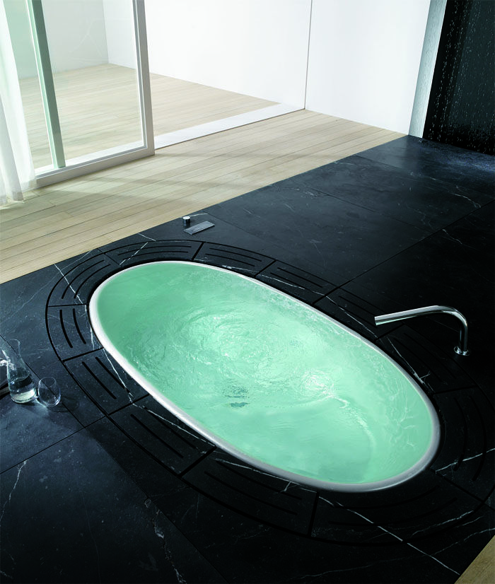 Wonderful #sorgente bathtub. Sorgente is the italian word for spring. A #wellness spring in your home. #Teuco #bathroom
