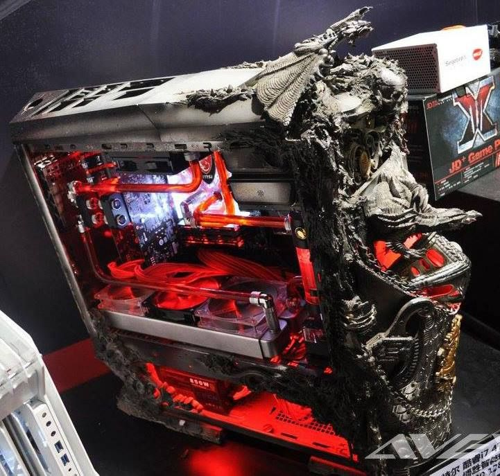 #custompc #pcmod Beautiful work. A great deal of talent to create a box like this.