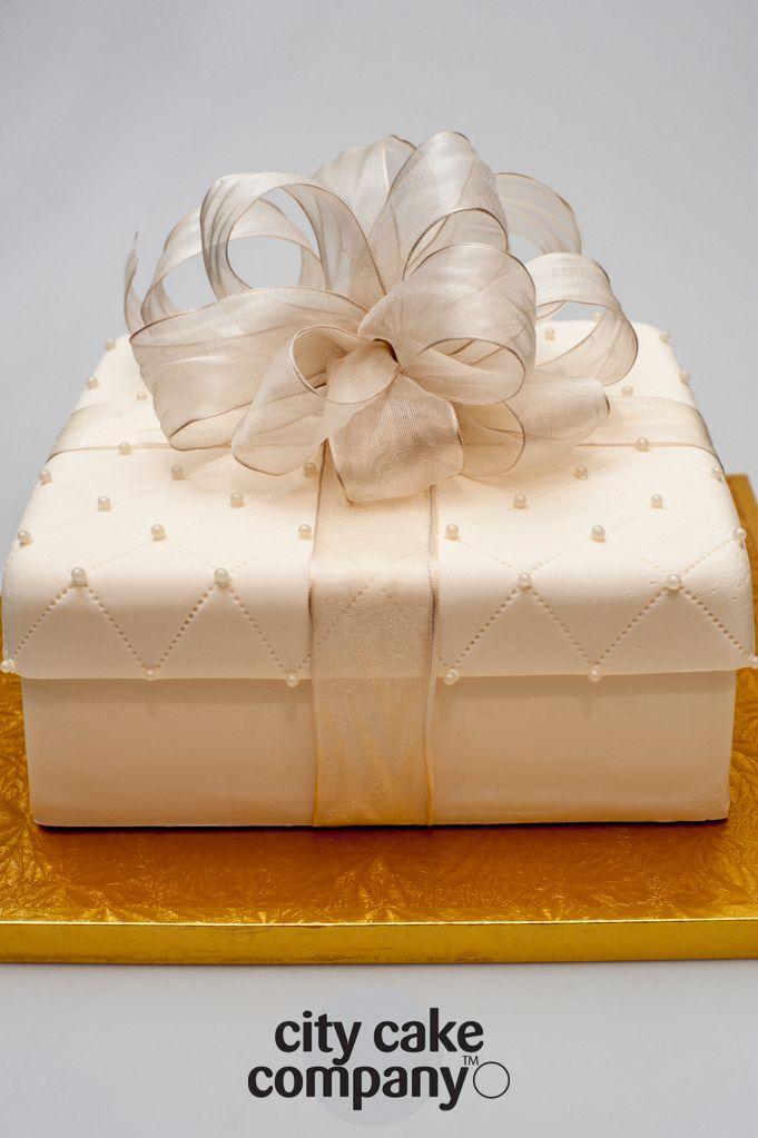 Wedding Cake, Designed and created by City Cake Company, Mt Eden, Auckland NZ www.citycake.co.nz