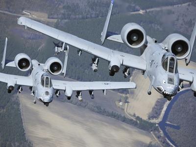 2 a-10 thundercolt aircraft