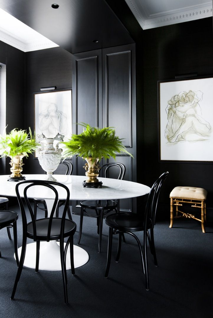 17 best ideas about black dining rooms on pinterest - Using dining chairs in living room ...