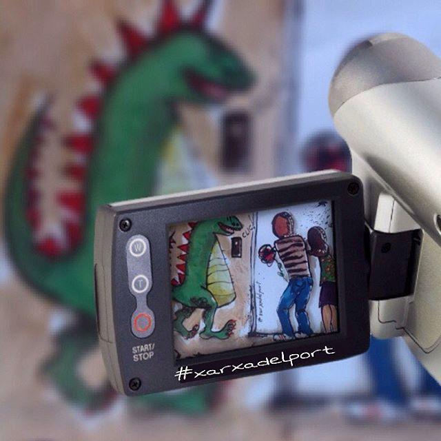 Els #botiguers i la #hostaleria de la #Xarxadelport volem que passis un dia de pelicula..... Vine a passejar i gaudeix del nostre #comerç ,gaudeix de #Cambrils i fes-te uns selfies als #fotocall's de #SantJordi que tenim repartits per tot el #PortDeCambrils ✖️AR✖️ADELPORT®