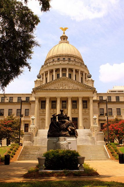 Jackson, Mississippi State Capitol by SeeMidTN.com (aka Brent) on Flickr.