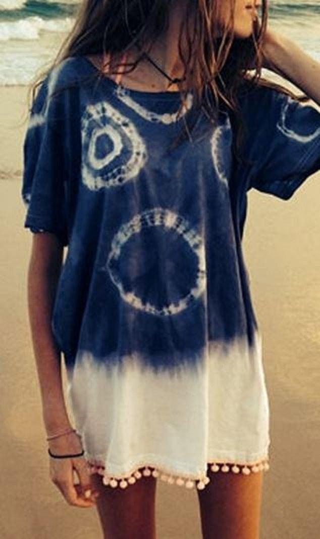 Boho Beach Style! Blue and White Tie Dye Short Sleeve Color Block Straight Beach Dress #Boho #Beach #Style #Fashion