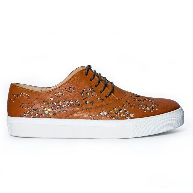Casual derby shoes inspired by Persian culture. Made from natural brown leather…