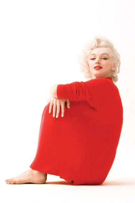 Marilyn Monroe: red