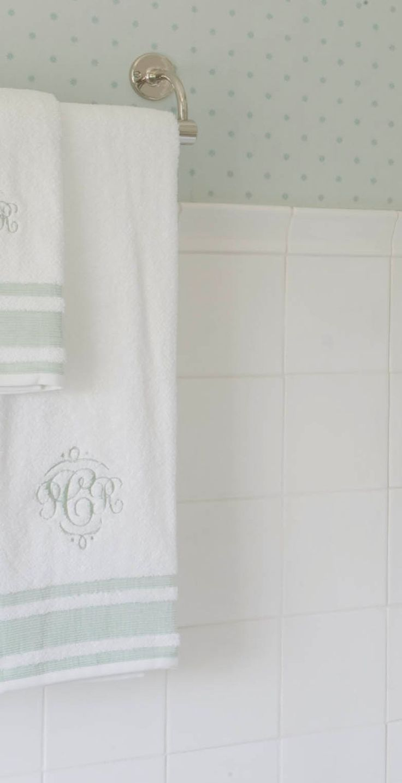 Monogram bathroom towels - Bathroom Details Wallpaper And Monogrammed Towels