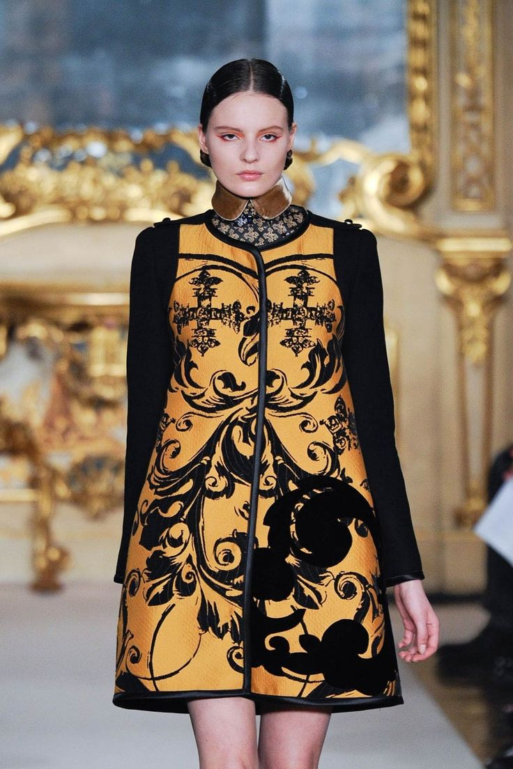 25 Best Ornate Fashion Images On Pinterest Baroque Fashion Baroque And Embroidery