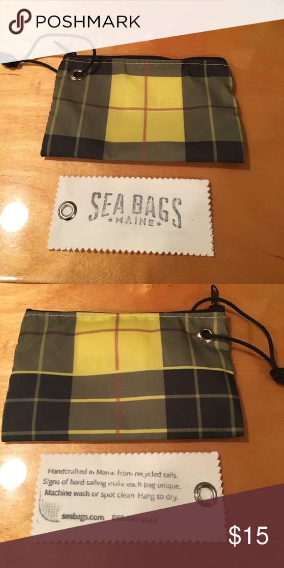 New Sea Bags from Maine wristlet New m, never used. Sea Bags from Maine wristlet Sea Bags Bags Clutches & Wristlets