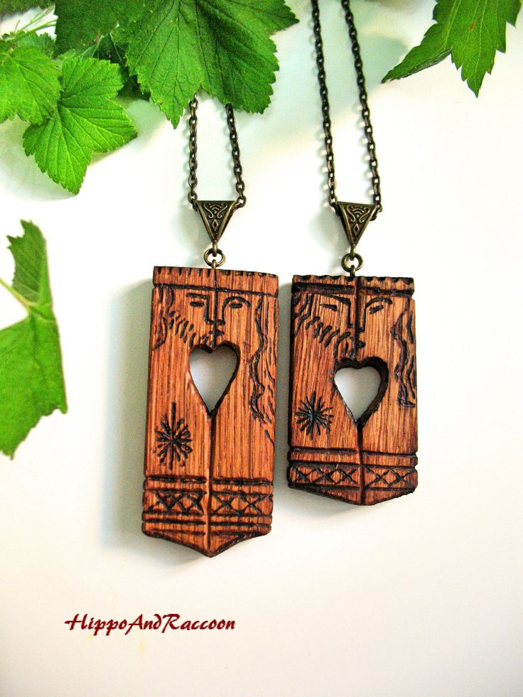 Pendant necklace King and Qeen