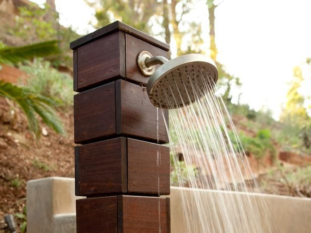 Design Ideas: Outdoor Showers and Tubs : Outdoors : Home & Garden Television---LOVE outdoor shower!