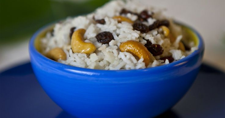 Dresil (Sweet rice with dried fruit and nuts)