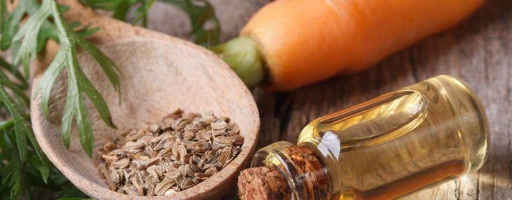 Olej marchwiowy pozyskiwany jest z nasion marchwi. Przyspiesza proces opalania i nadaje skórze piękny, jednolity kolor. Stanowi też naturalny filtr UV.
