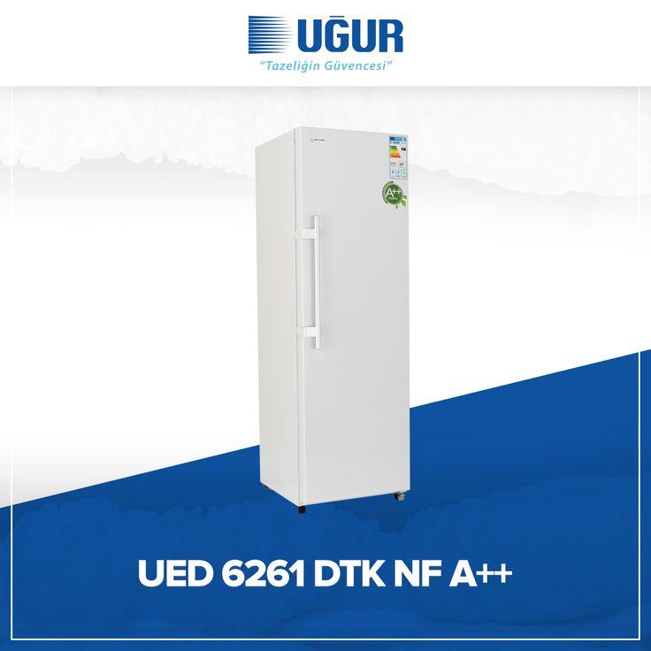 UED 6261 DTK NF A++ birçok özelliğe sahip. Bunlar; no-Frost (Otomatik defrost), ayarlanabilir ayak, şeffaf çekmece, dijital termometre, pratik açılan kapı kolu, elektronik ısı kontrol ve dolap içi aydınlatma. #uğur #uğursoğutma