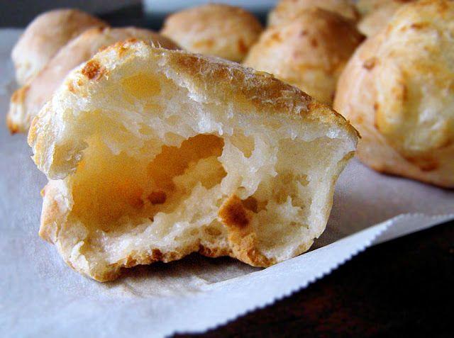 La Petite Brioche: Brazilian Cheese Bread (Pao De Queijo)