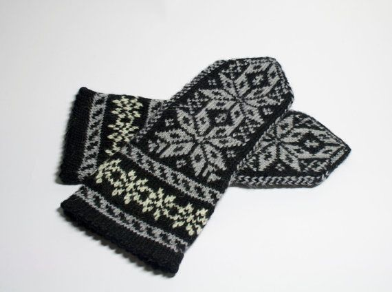 Hand Knit Wool Mittens  Mittens for Womens  Bohemian by DriadaD
