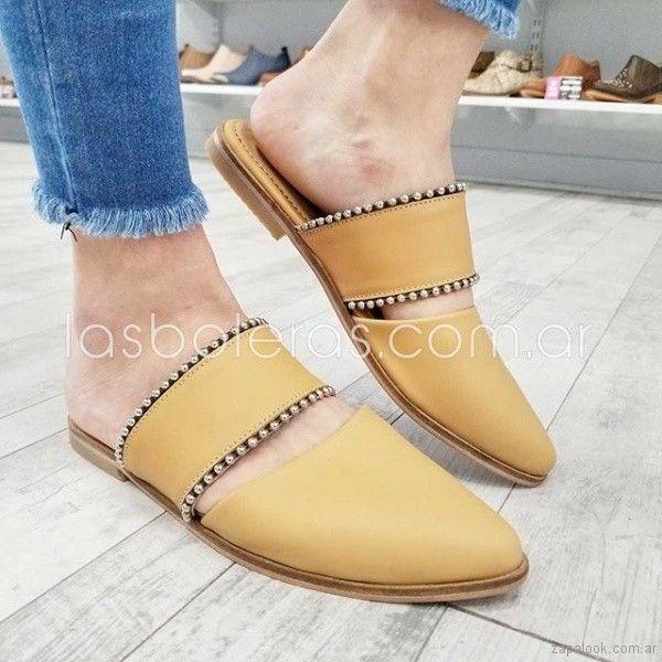 cbfa2f25 Las boleras presento su coleccion de calzados con estilo urbano para la primavera  verano 2019.
