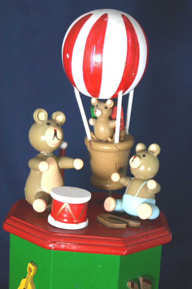 Vntg Music Box Bears Picnic Drums Balloon Wood Teddy Bears' Picnic Tune
