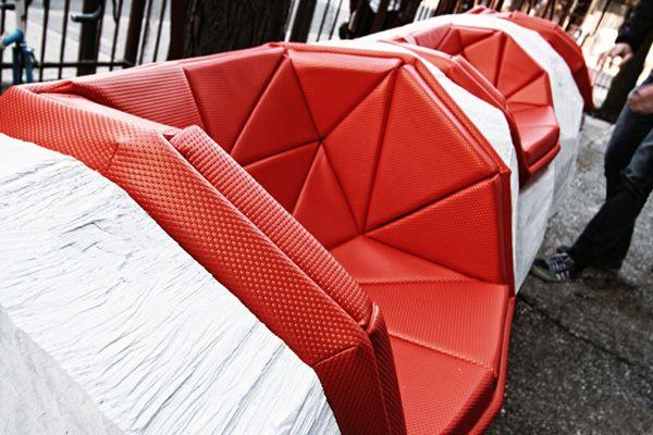 Log chop bench - Read more at http://landarchs.com/top-10-street-furniture/
