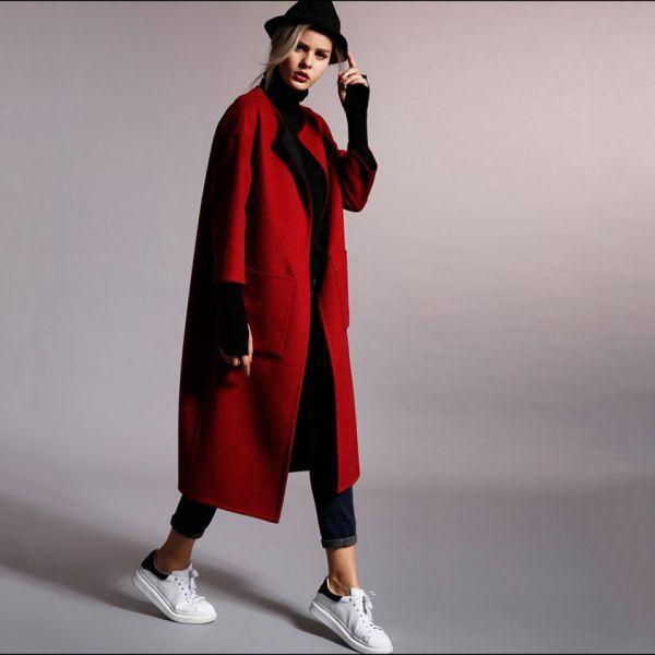 Пальто-халат макси с объемными карманами, ярко-красное