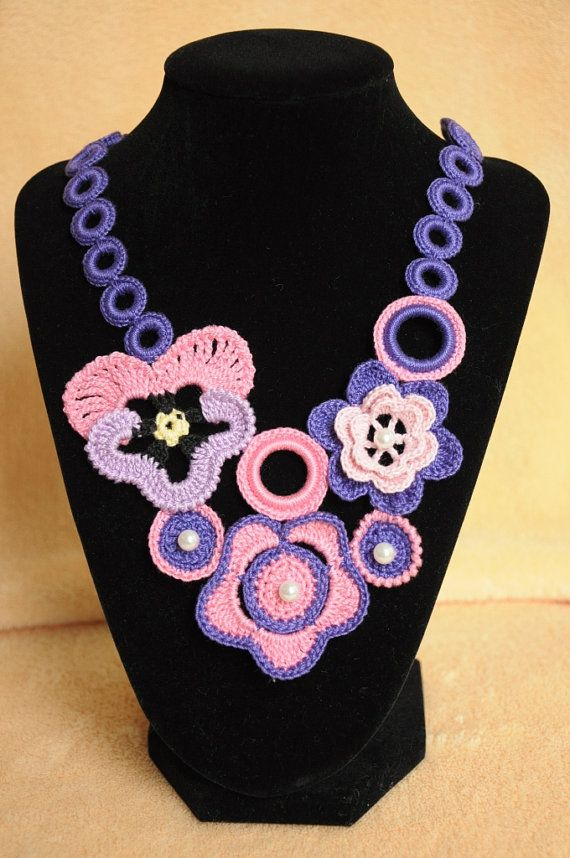 Crochet Necklace with Flowers Knitted Jewelry ♡♥ by macramemarket, $24.99