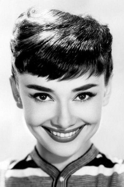 Living In A Van >> Audrey Hepburn beautiful smile with white teeth. | Audrey hepburn photos, Audrey hepburn, Audrey ...