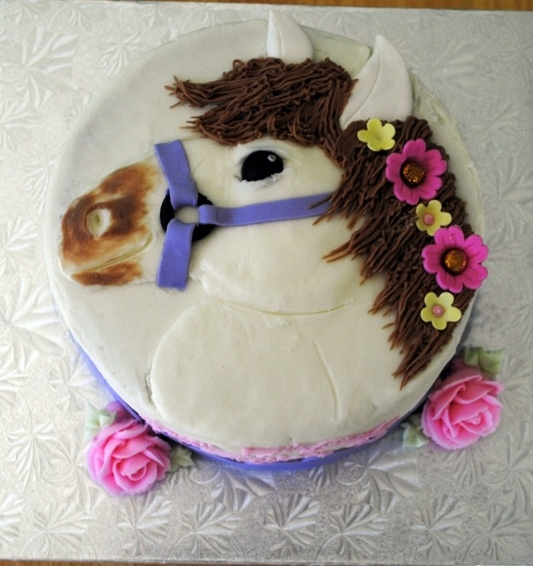 63 Best Images About Horse Cake Ideas On Pinterest