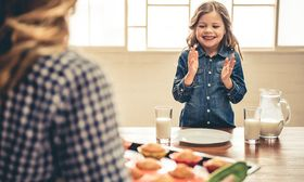 Κρύψτε λαχανικά στα γεύματα των παιδιών σας με τους παρακάτω 5 τρόπους!   Ένα παιδί μπορεί ευχάριστα να καταναλώνει φρέσκο ψωμί κρακεράκια δημητριακά γάλα τυρί αλλά με δυσκολία φρούτα και λαχανικά.  from Ροή http://ift.tt/2uxwsOE Ροή