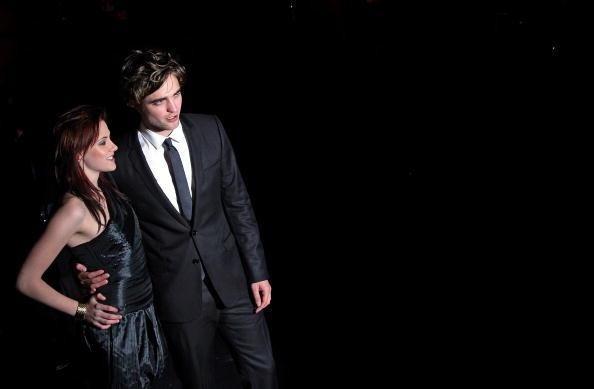Kristen Stewart never slept with Rupert Sanders, proves it to Robert Pattinson (video)