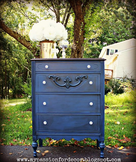 My passion for decor feeling navy blue painted for Navy blue painted furniture