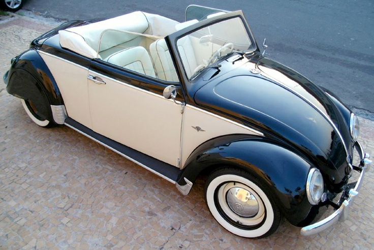 Dressed up like a tuxedo! VW Beetle convertible