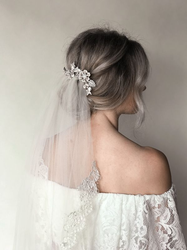 How To Style A Veil With A Comb Wedding Hairstyles With Veil