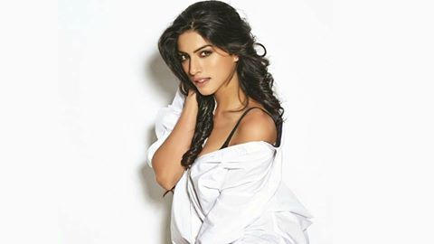 Sapna Pabbi. Sapna Pabbi is a British actress and model known for her work as Kiran Rathod in the Indian television series 24 and Hindi film Khamoshiyan.