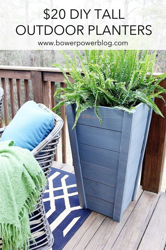 $20 outdoor DIY Tall Planters - Bower Power