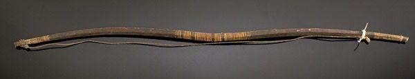 Загнутый лук, покрытый сухожилиями, Апачи. Период 1860.  Cowan's сентябрь 2005.
