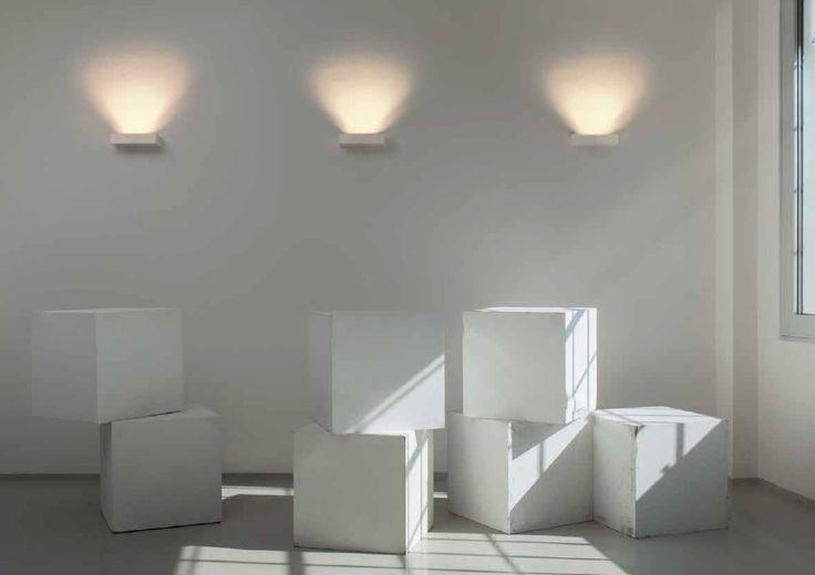 Nástěnné svítidlo RENDL RED R10465 Nástěnné svítidlo bez zásuvky určené k montáži na stěnu k připojení na el. rozvod  #rendl #red #svítidlo #osvětlení #světlo #light #wall #style #modern #moderní #interier #interior