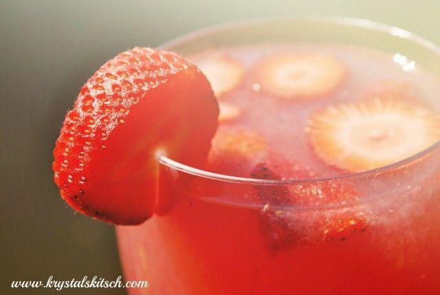 Trop50 Raspberry Acai Cocktail Recipe #GirlsNightIn