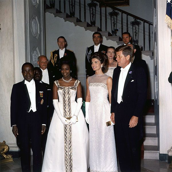 White House reception-1962. Front row, left to right: Côte d'Ivoire President Félix Houphouët-Boigny, his wife Marie-Thérèse Houphouët-Boigny, US First Lady Jacqueline Kennedy, her husband US President John F. Kennedy